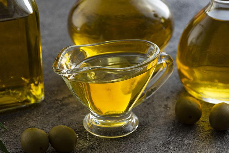 هل زيت الزيتون آمن عند استخدامه كأحد مواد التزييت التشحيم الجنسي